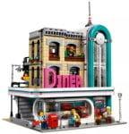 Lego Set 10260