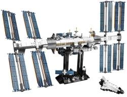 Ideas ISS 21321 LEGO Set