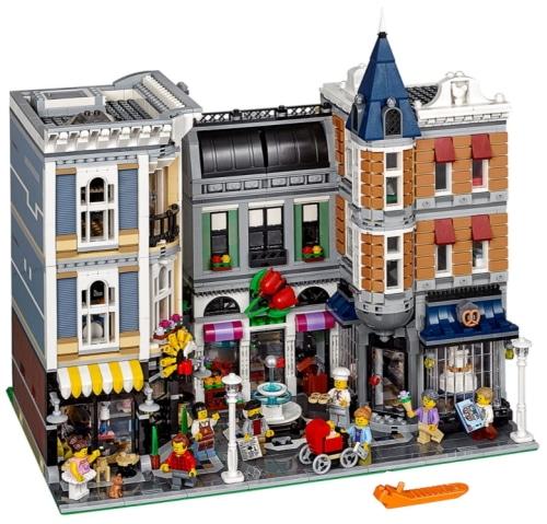 LEGO Creator Expert Assembly Square 10255 Set